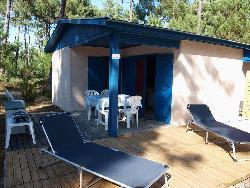 location particulier vacances particuliers location chalet centre naturiste euronat. Black Bedroom Furniture Sets. Home Design Ideas